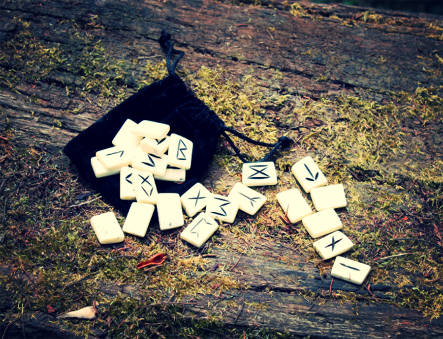 Yak Bone Rune Set