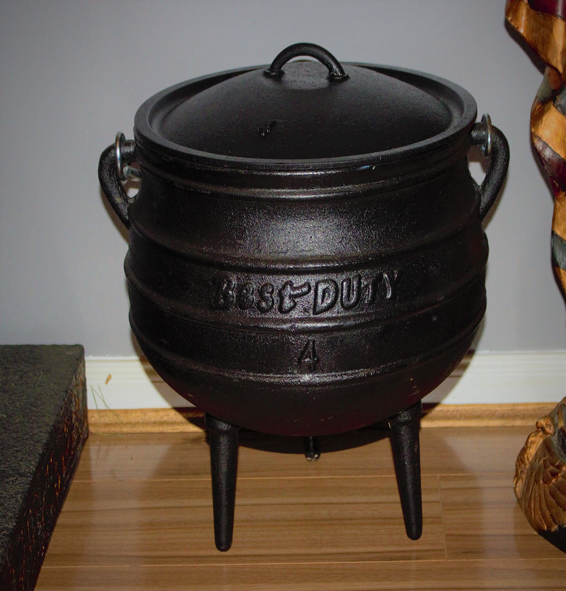 Cauldron Size 4  The cauldron is a feminine symbol, as seen in the tale of Cerridwen's cauldron, representing rebirth and renewal and the womb and the tomb ect…     Size: 4 (height 30cm, mouth circumference 30cm)  Volume: 9.3 litres  Weight: 13.6kg     Please note: The cauldrons are made from cast iron and have been treated making them safe for spell work and cooking. They have also been pre-sealed with a quality vegetable oil to prevent rust. If looked after correctly these cauldrons will last many many ye