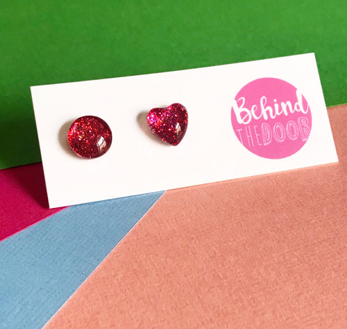 Cranberry '90s Glass Stud Earrings