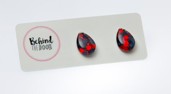 Seductress Glass Stud Earrings