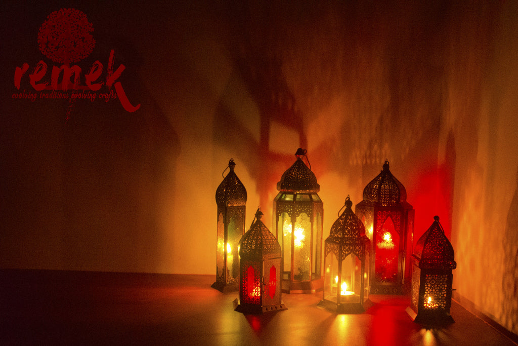 Moroccan Lamps: A Colorful Fluorescent Delight