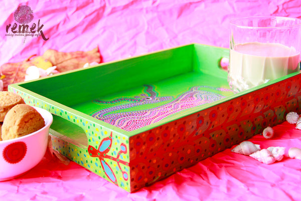 "Hand-painted ""Bhil Art"" Tray - Shy Deer"