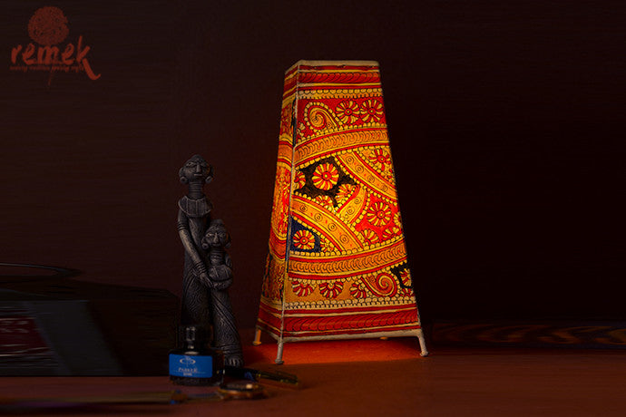 "Hand-painted ""Tholu Bommalata Art"" Table Lamp - Abstract"