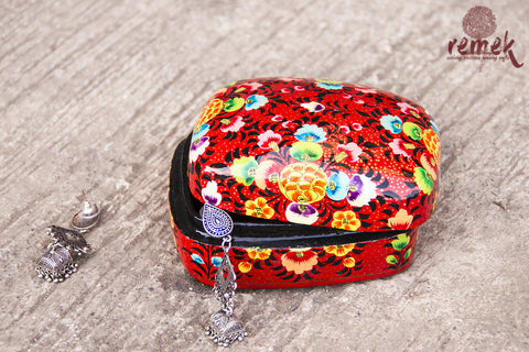 Small Hand-Painted Naquashi Box - Red Charm