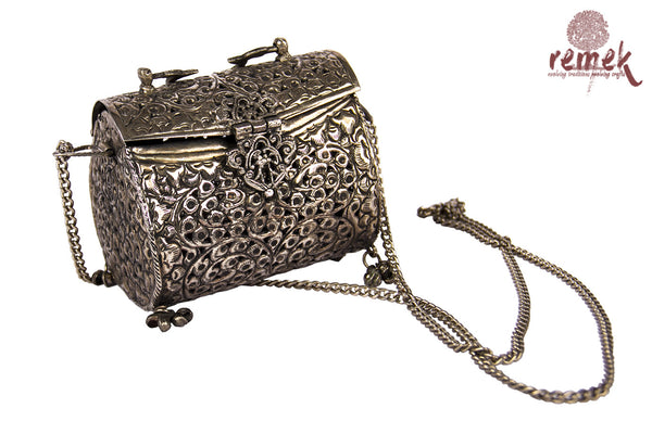 Silver Clutch : Tribal Essence
