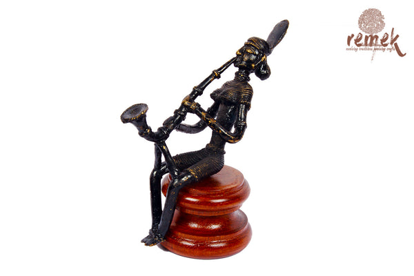 "Antique Dhokra Figurine - Folk Musician Playing ""Shehnai"""