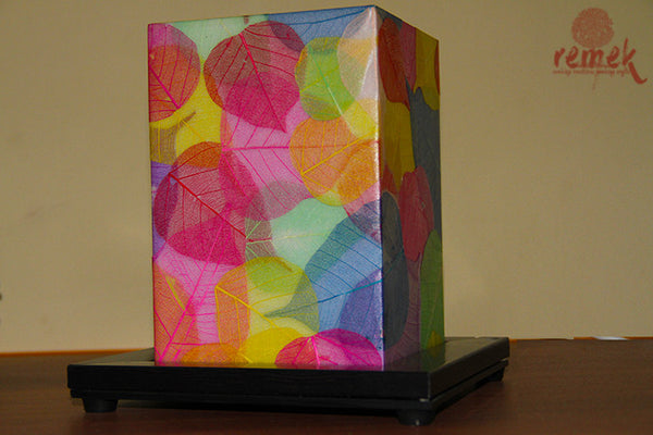 "Hand-painted ""Peepal Leaf Craft"" Table Lamp"