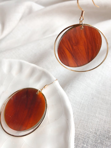 'Suspended' Amber Swirl acrylic + Gold circle drop earrings - kookinuts