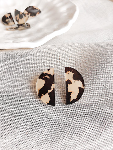 'Demi' semi-circle post earrings - Creamy tortoiseshell - kookinuts