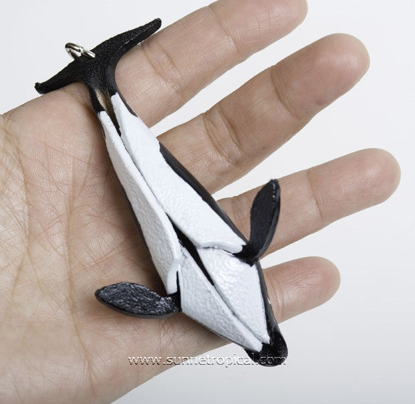 Killer Whale 3D Leather Key Chain