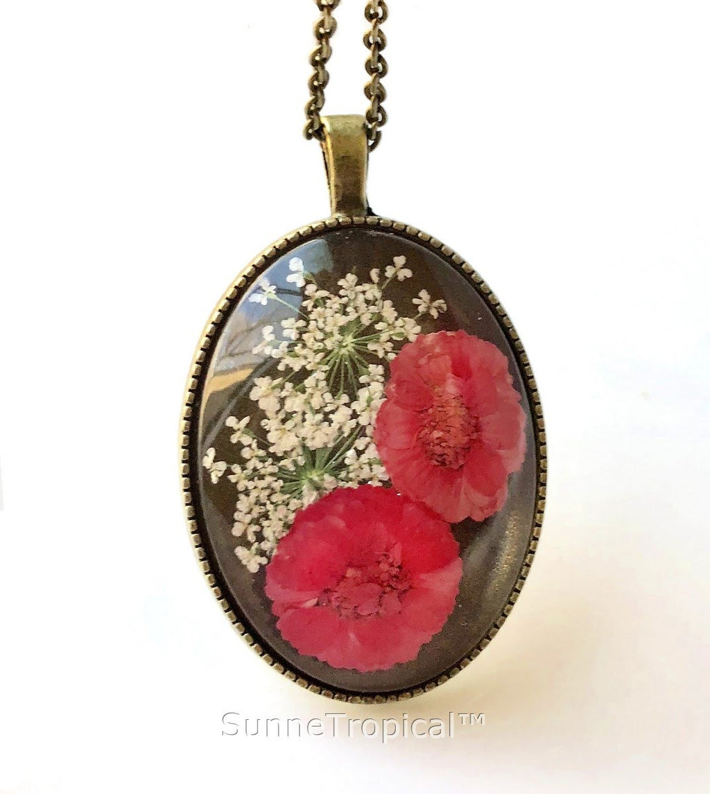DAISY Real Pressed Flower Jewelry Vintage OVAL Pendant Necklace Antique Bronze Finish - RED PINK