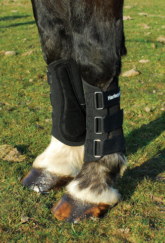 Harlequin Neoprene Brushing Boots black