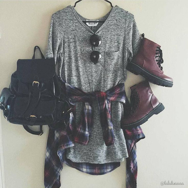 Classic Grunge Look With Flannel Shirt
