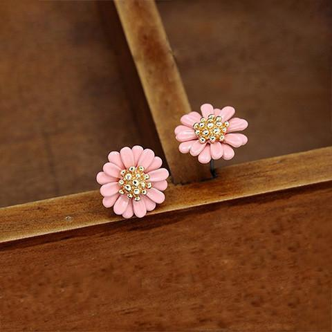 Daisy Stud Earrings - Earrings - Rebel Style Shop