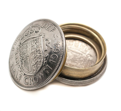 British Half Crown Queen Elizabeth II Coin Screw Lid Snuff Box / Pill Box / Keepsake / Gift - The Forger - 1