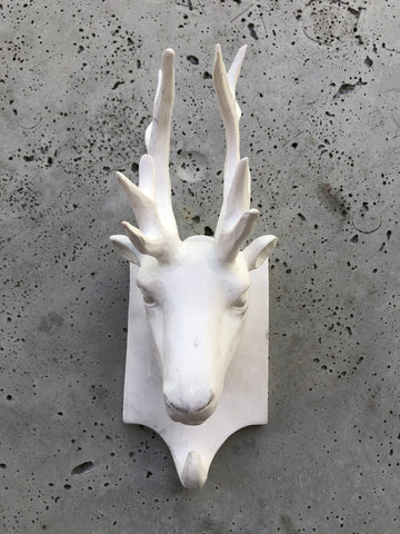 HEAD TROPHY DEER HANGER CERAMIC