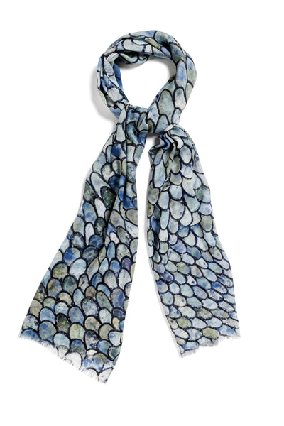 [blue green scales]  [small oblong scarf]