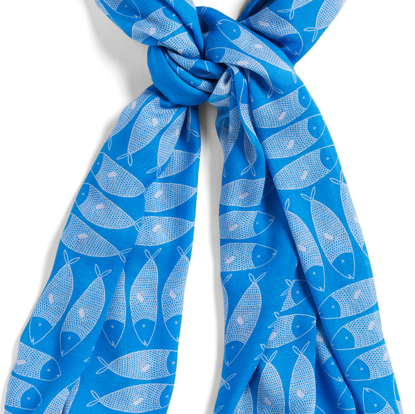 [blue sardines]  [large oblong scarf]