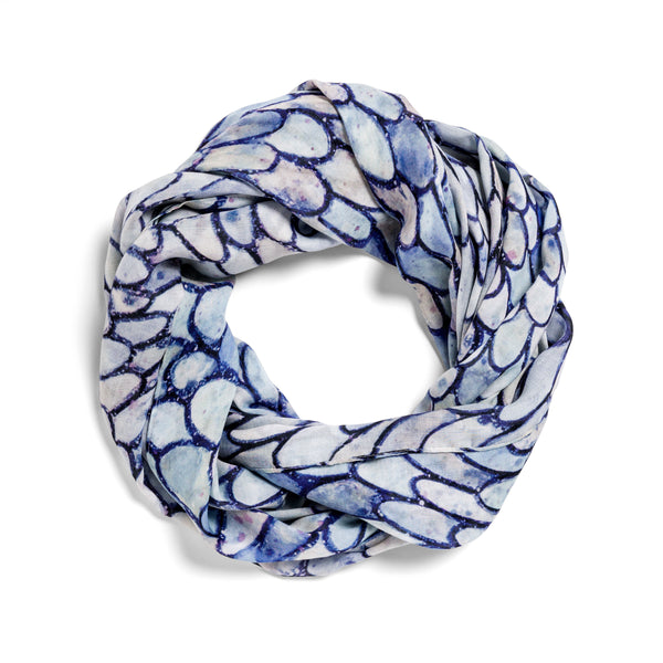[cobalt scales]  [small oblong scarf]