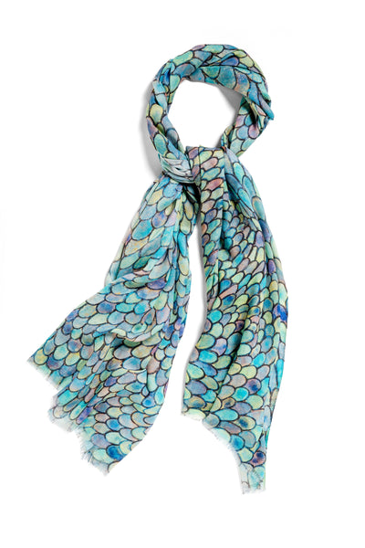 [blue scales]  [large oblong scarf]