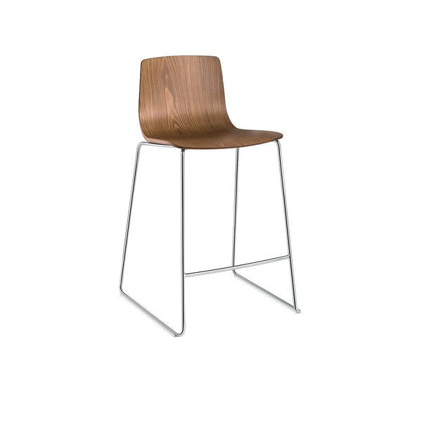 Aava (3911) - Counter stool by Arper | JANGEORGe Interior Design