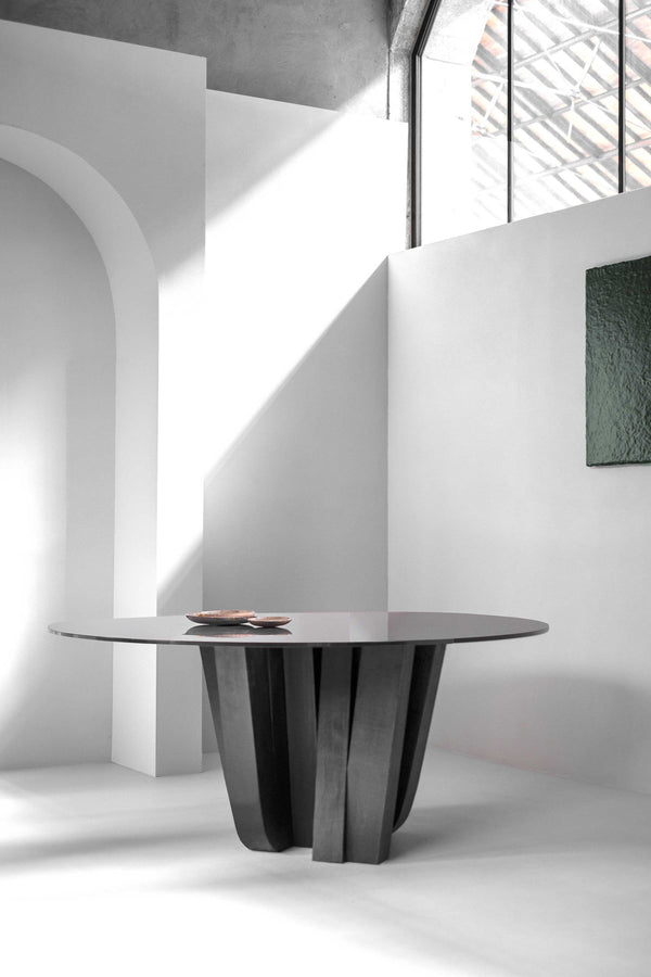 A-Typical Round Table | Arno DeClercq | JANGEORGe Interior Design