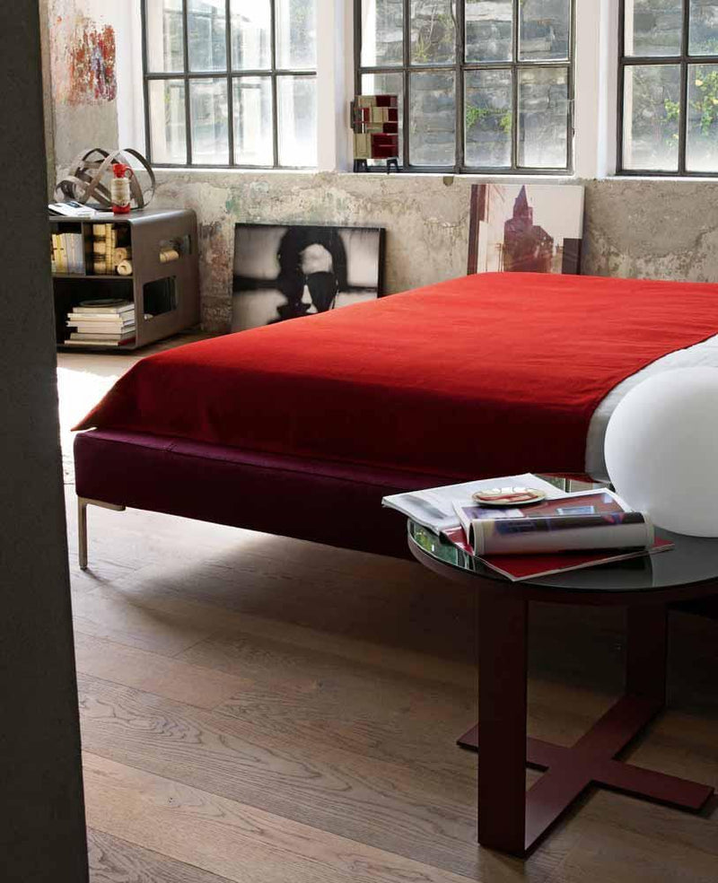 Charles - Bed by B&B Italia | JANGEORGe Interior Design