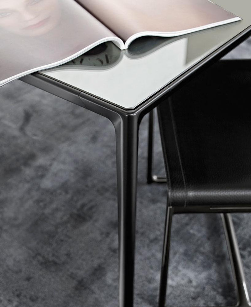 Mirto Indoor Table | B&B Italia | JANGEORGe Interior Design