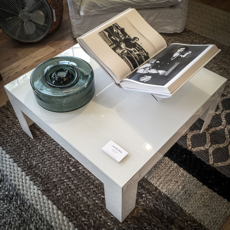 Atlantis Tavoli Bassi - Glass coffee table by Glas Italia | JANGEORGe Interior Design