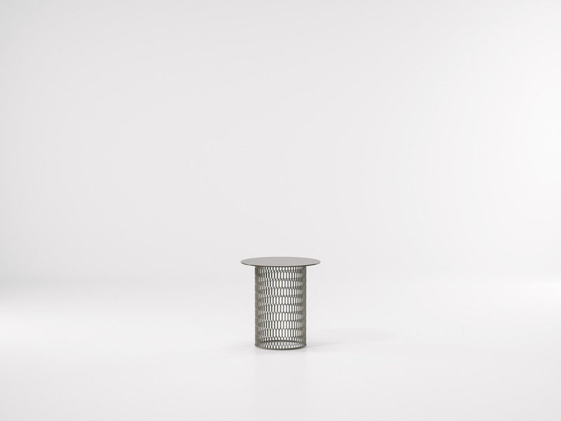 Mesh - Side Table ø48 by Kettal | JANGEORGe Interior Design