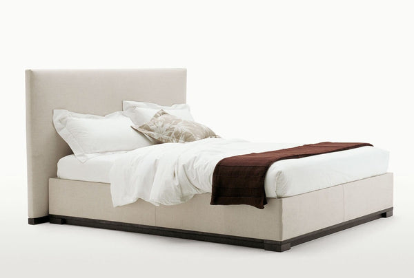 Bauci - Ovidio - Bed by Maxalto | JANGEORGe Interior Design