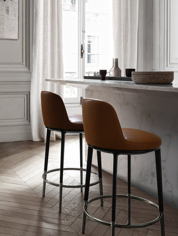 Caratos - Barstool by Maxalto | JANGEORGe Interior Design