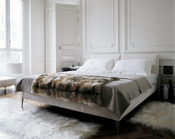 Selene - Bed by Maxalto | JANGEORGe Interior Design