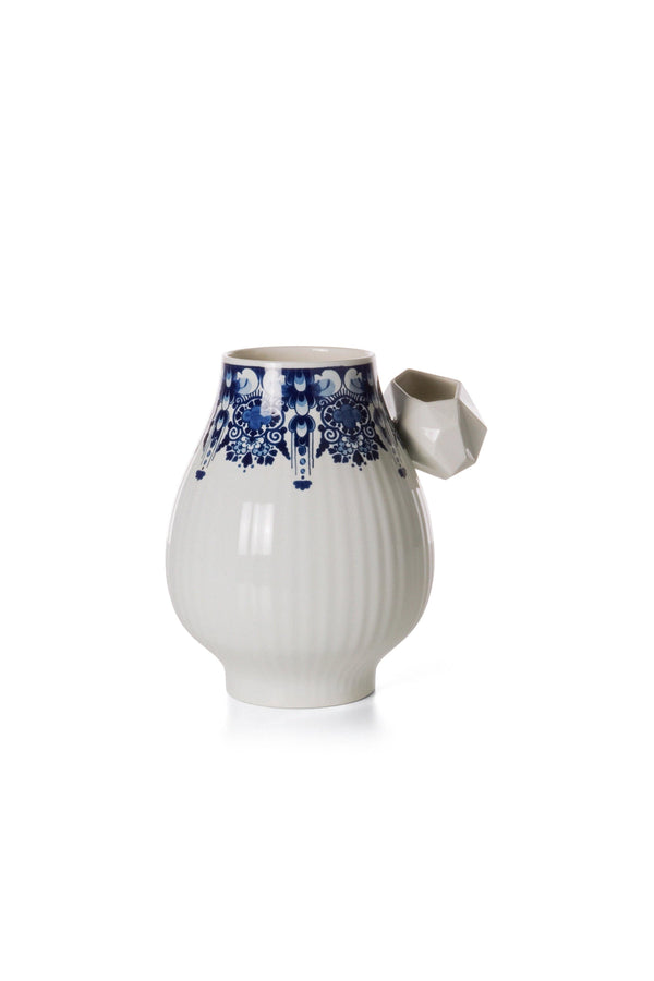 Delft Blue 08 - Vase by Moooi | JANGEORGe Interior Design