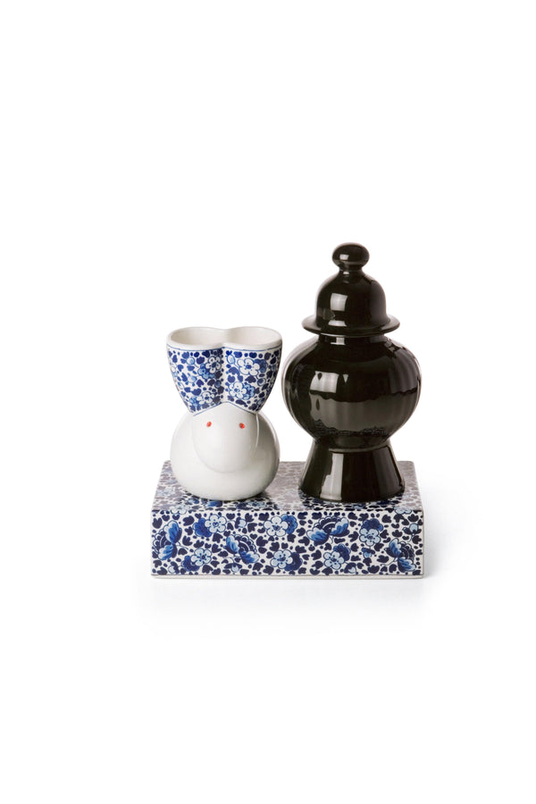 Delft Blue 09 - Vase by Moooi | JANGEORGe Interior Design