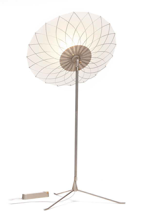 Filigree - Floor lamp by Moooi | JANGEORGe Interior Design
