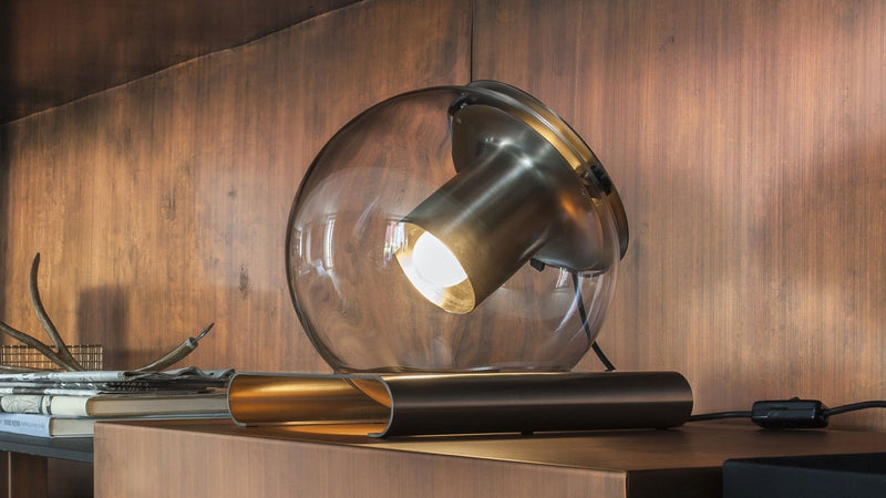 The Globe 228 - Table lamp by Oluce | JANGEORGe Interior Design