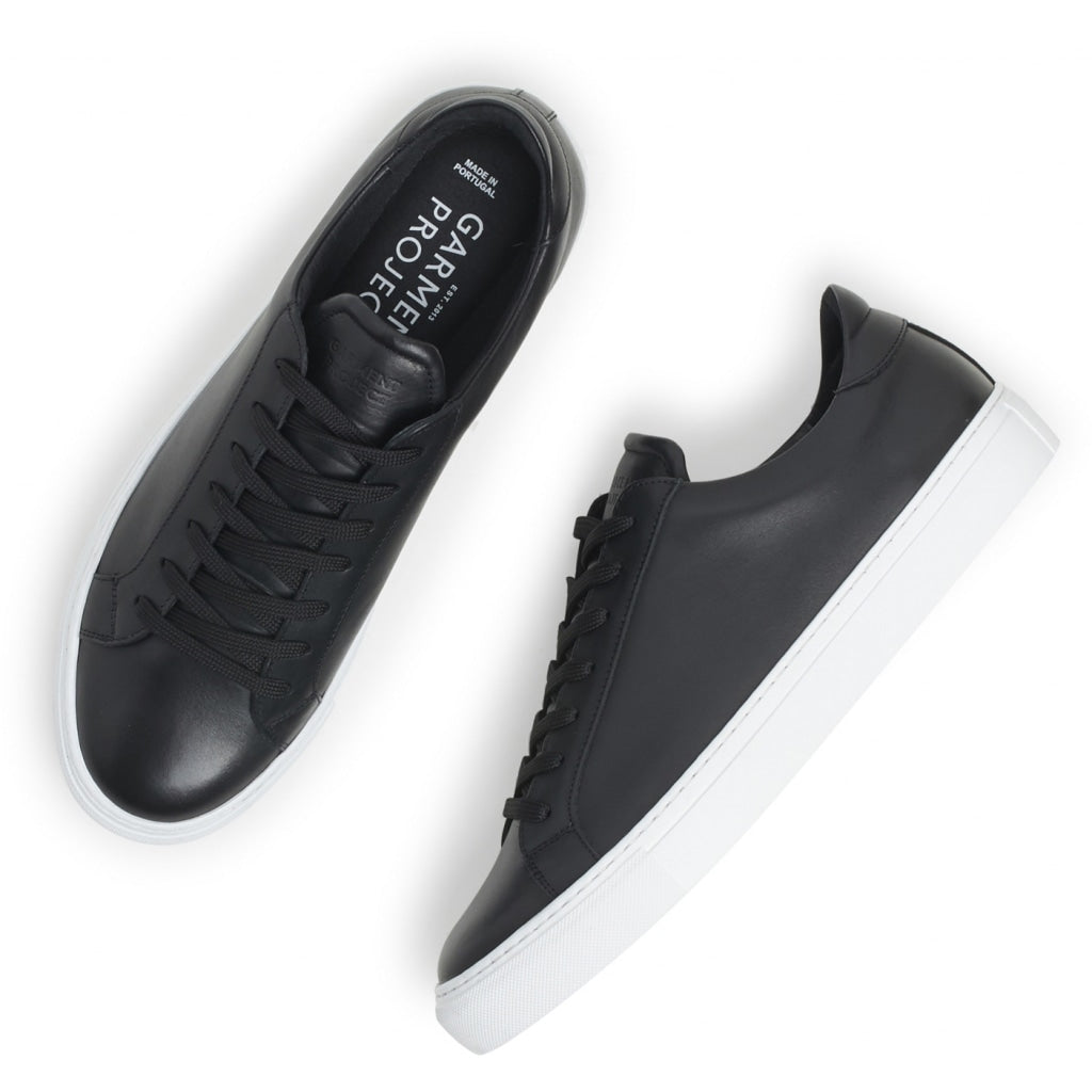 Type Sneaker, black leather