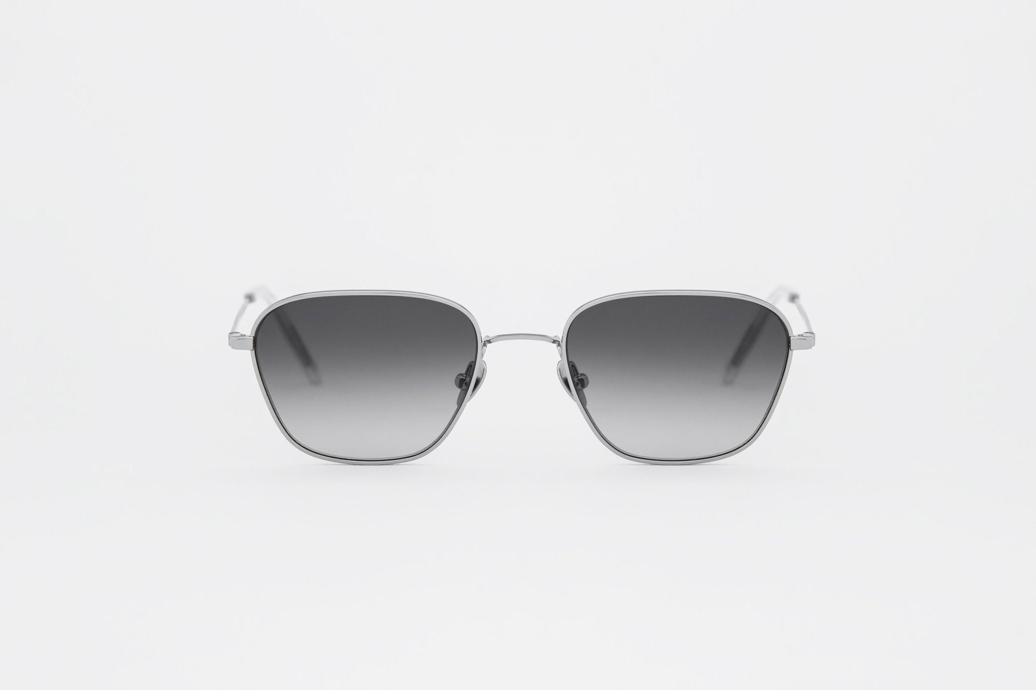 Otis Silver, grey gradient lens