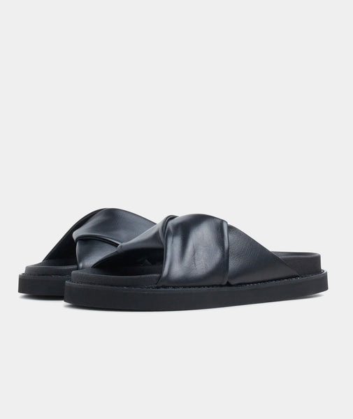 Yodoa Sandals, black leather