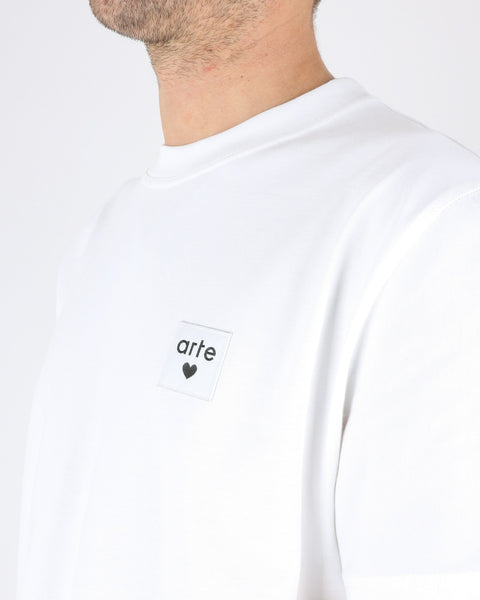 arte_toby heart label t-shirt_white_3_3