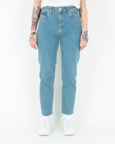 basic apparel_emmy jeans_washed blue_1_3