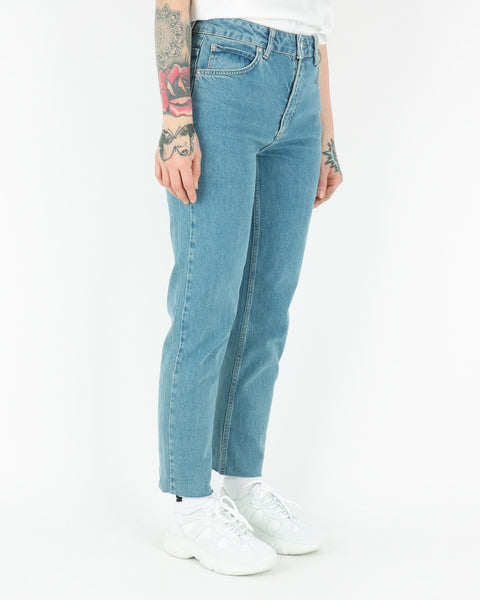 basic apparel_emmy jeans_washed blue_3_3