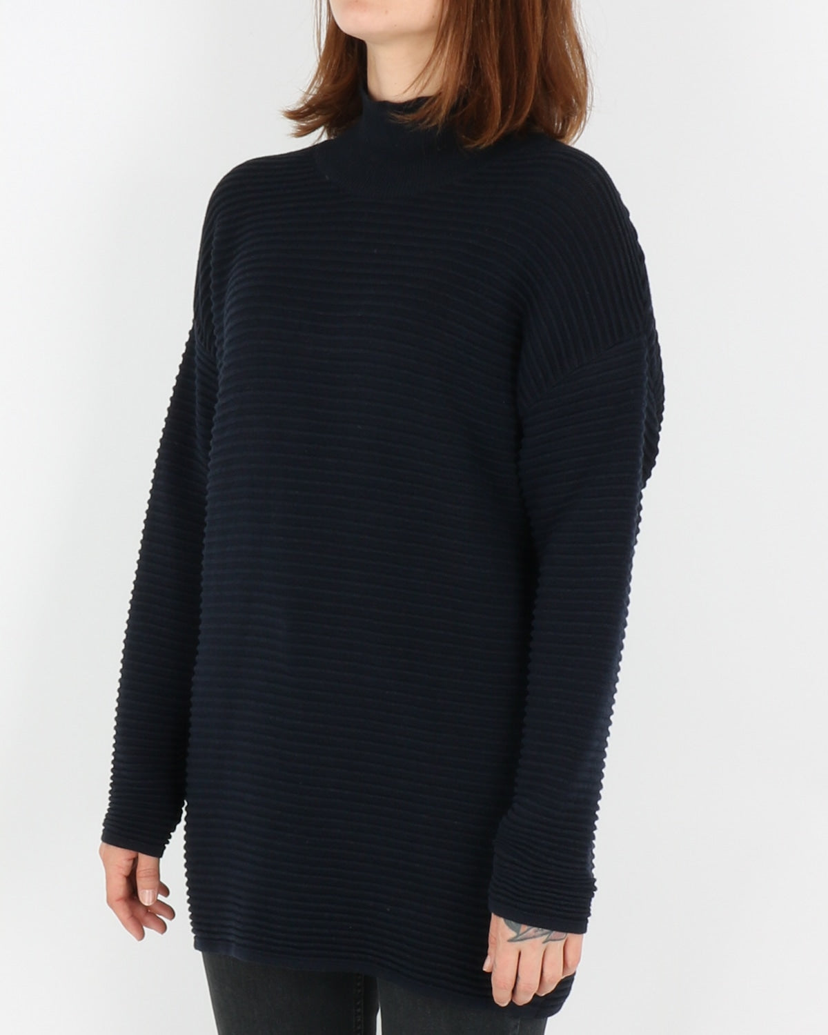 basic apparel_istabella t-neck_navy_2_4