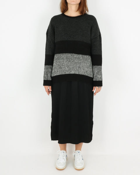 basic apparel_janis sweater_black_1_4