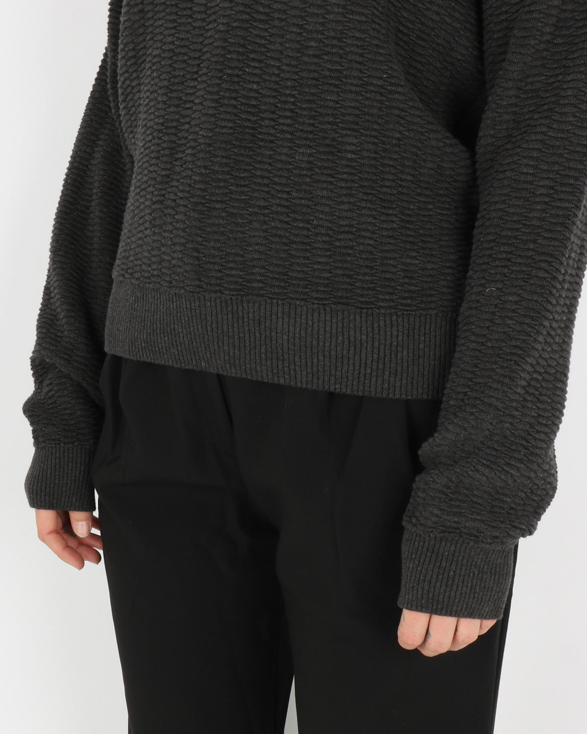 basic apparel_kela sweater_antracit_3_4