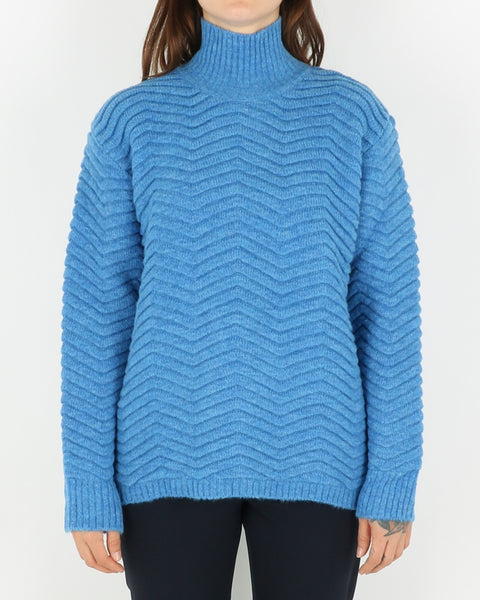 basic apparel_nille knit_azure blue_view_1_3