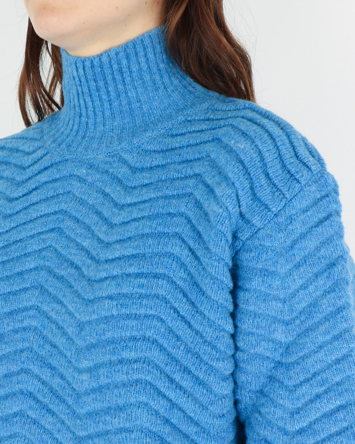 basic apparel_nille knit_azure blue_view_3_3