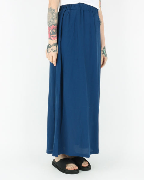basic apparel_tyra skirt_navy peony_2_2