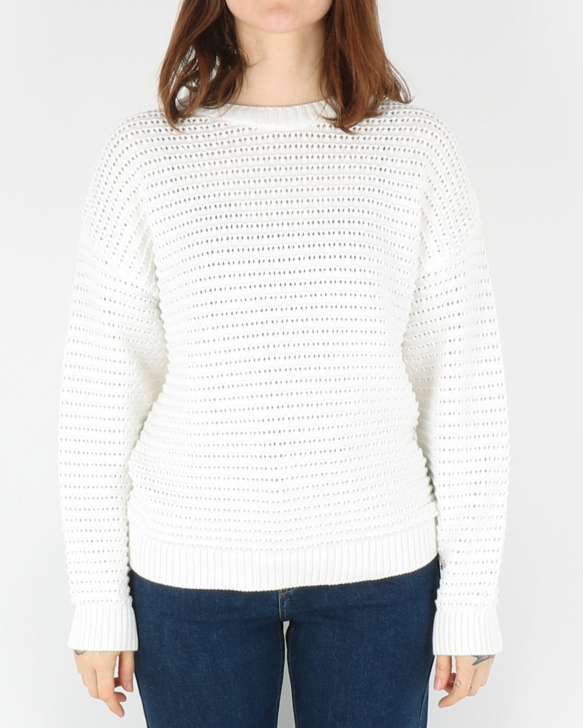 basic apparel_enya sweater_white_1_3
